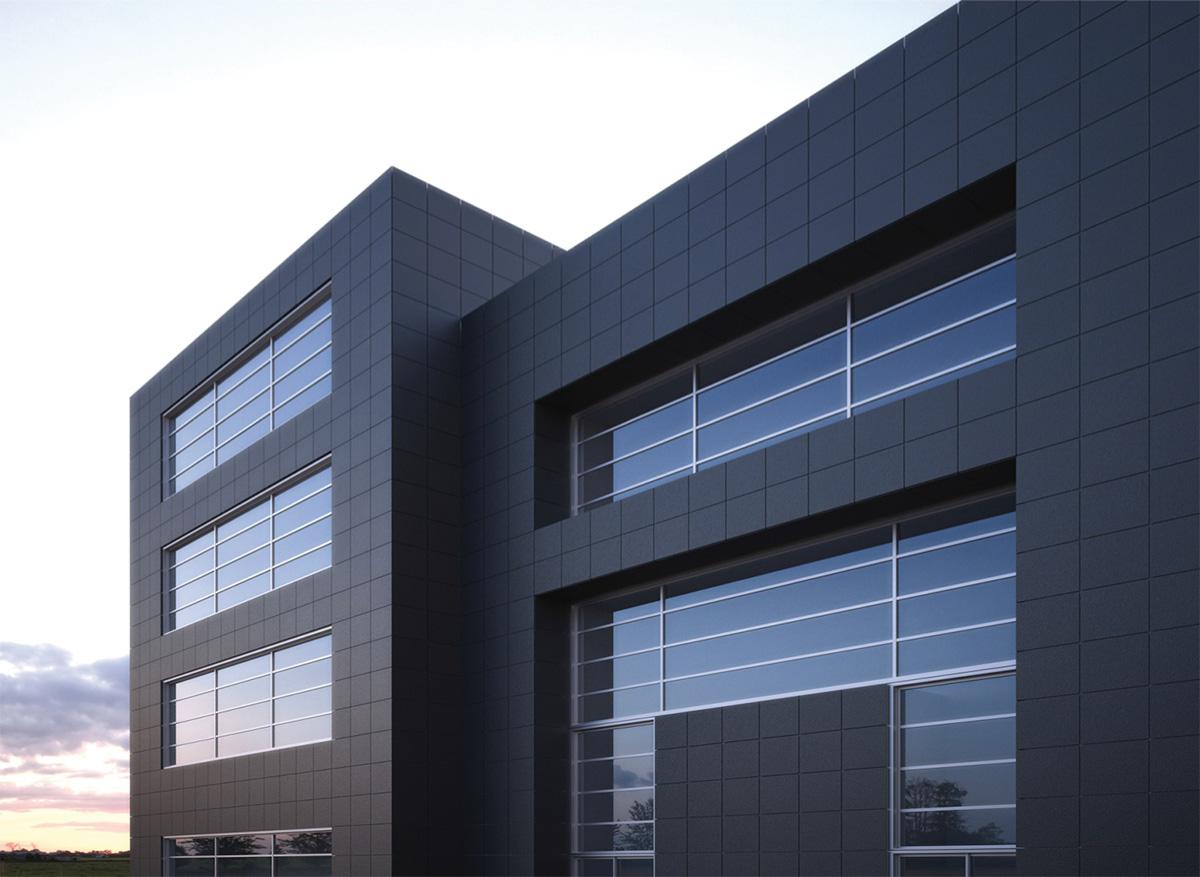 Черный керамогранит на фасаде здания