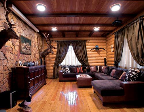 Дом из оцилиндрованного бревна