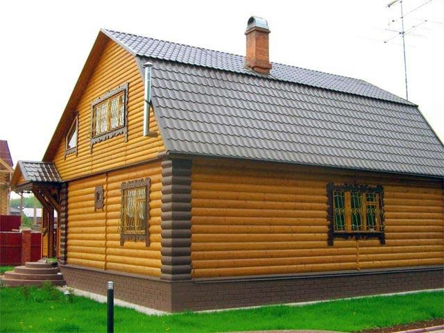 Дом обшитый блок хаусом