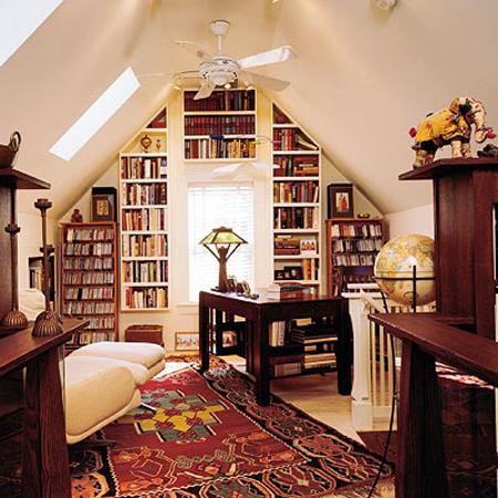 Личный кабинет и библиотека на мансарде