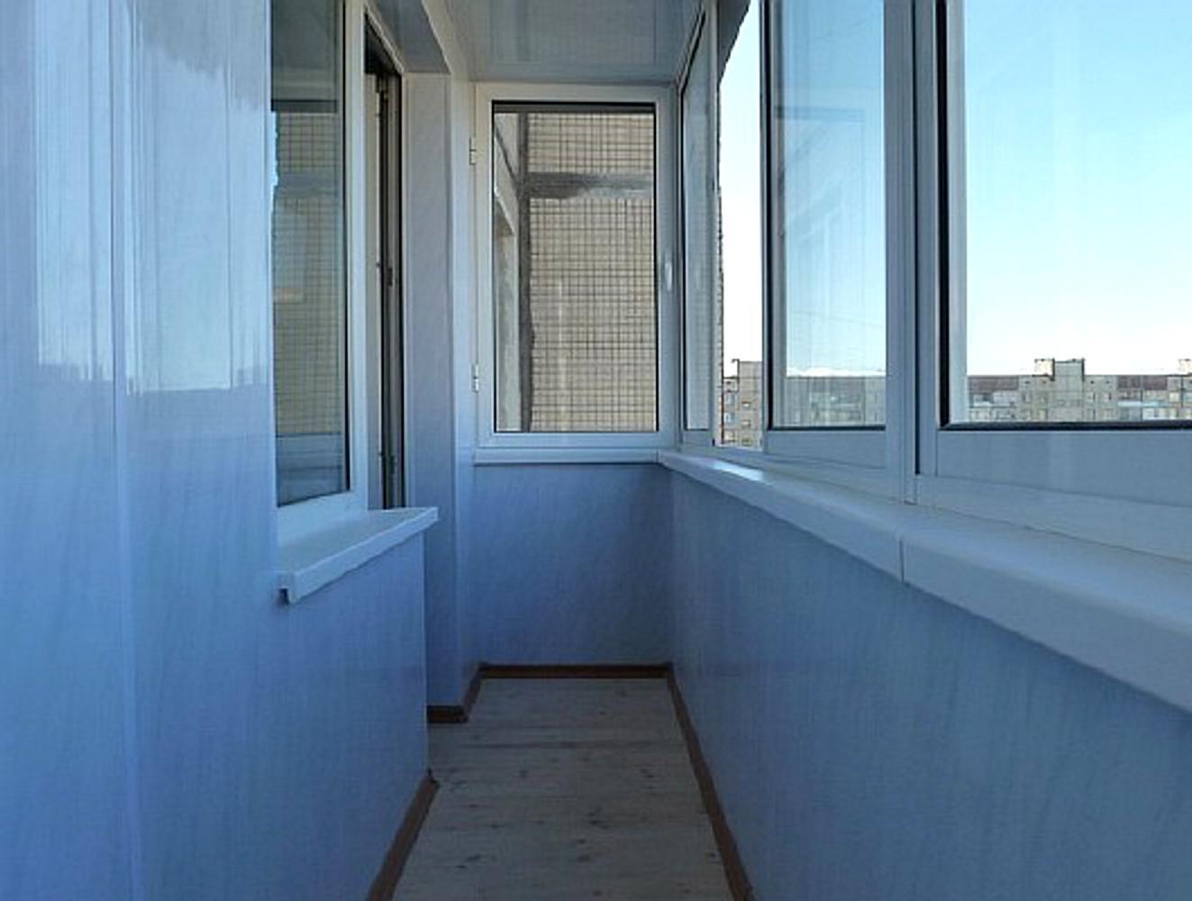 Обшивка балконов панелями пвх