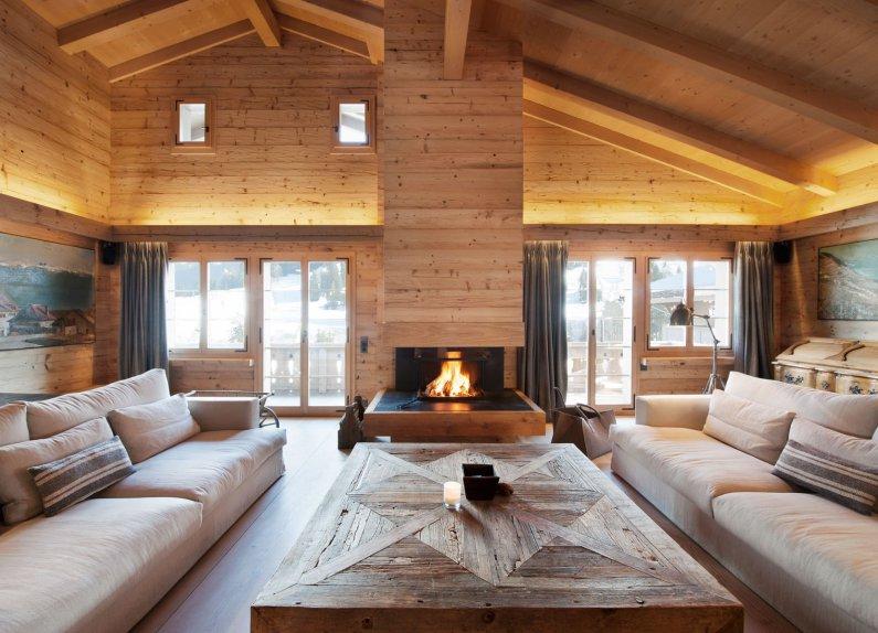 Оформление гостиной частного дома