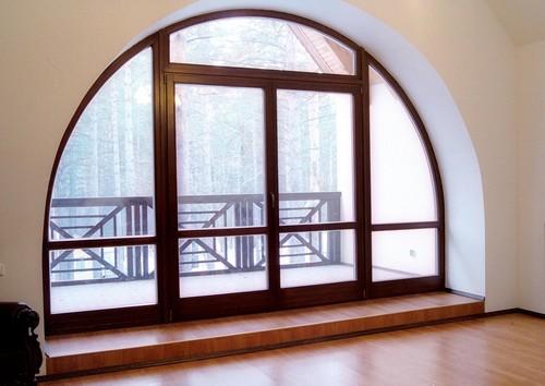 Особенности отделки откосов арочных окон