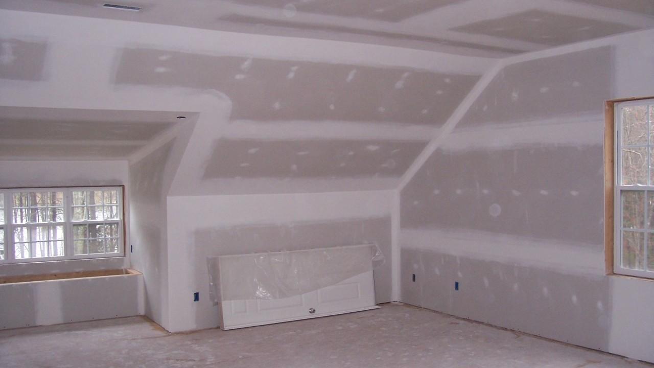 Отделка стен и потолка мансарды гипсокартоном