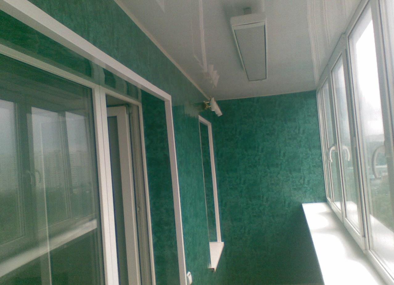 Отделка зелеными панелями