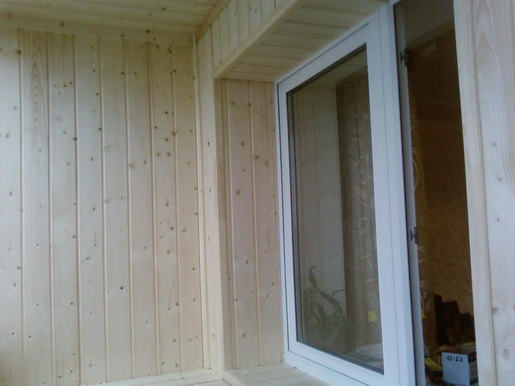 Вариант отделки откосов окна
