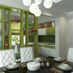 Квартира-студия с привлекательным дизайном зеленого цвета