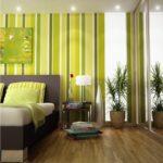 Светлый вариант дизайна квартиры, оформленной в зеленом цвете