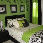 Зеленый цвет стен в квартире с современном дизайном