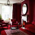 Бордовая квартира с оригинальным дизайном