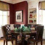 Бордовый цвет в квартире с оригинальным дизайном