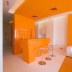 Дизайн интерьера оранжевой квартиры