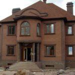 Дизайн коричневого дома