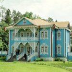 Красивый и современный дизайн голубого дома