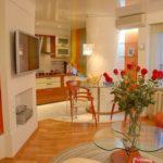 Квартира с красивым орнажевым дизайном
