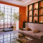 Оранжевый цвет квартиры с оригинальным дизайном