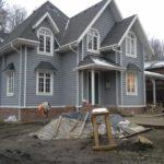 Приятный и современный дизайн серого дома
