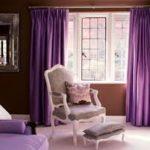 Простой дизайн фиолетовой квартиры