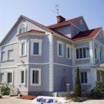 Простой и красивый дизайн фиолетового дома