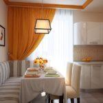 Светлый вариант квартиры оранжевого цвета
