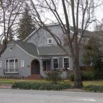 Вариант дизайна серого дома