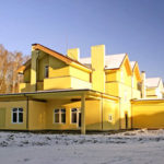 Вариант оформления дизайна дома желтого цвета
