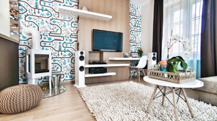 Яркий интерьер бирюзовой квартиры