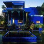 Яркий мораканский дизайн синего дома