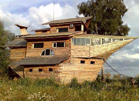 Чудная архитектура, дома на сваях