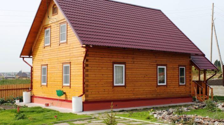 Почему так выгодно строить дом из бруса