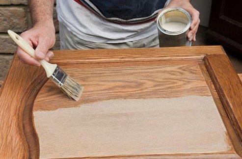 Как снять краску с мебели