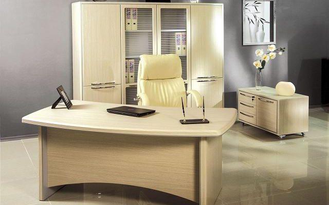 Купить комфортный стол для кабинета руководителя