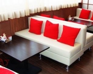 Стильная мебель для кафе от итальянских мастеров уюта