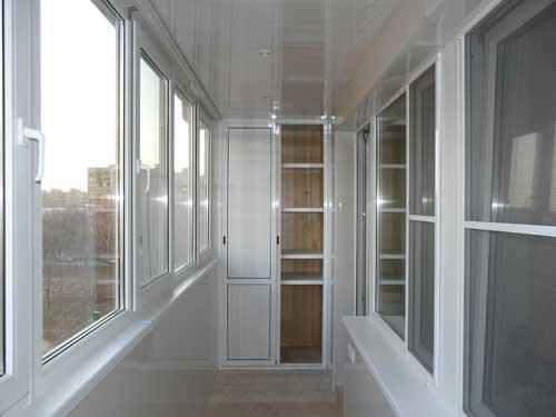 Высоконадежное, функциональное остекление балкона