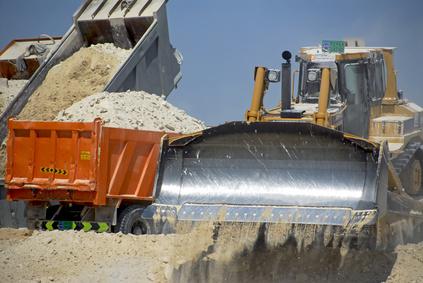 Купить песок с доставкой для применения на даче