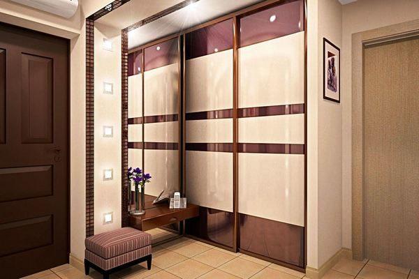 современный подход дизайнерской идеи для прихожей и коридора
