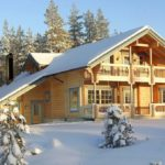 Особенности покупки загородного дома зимой